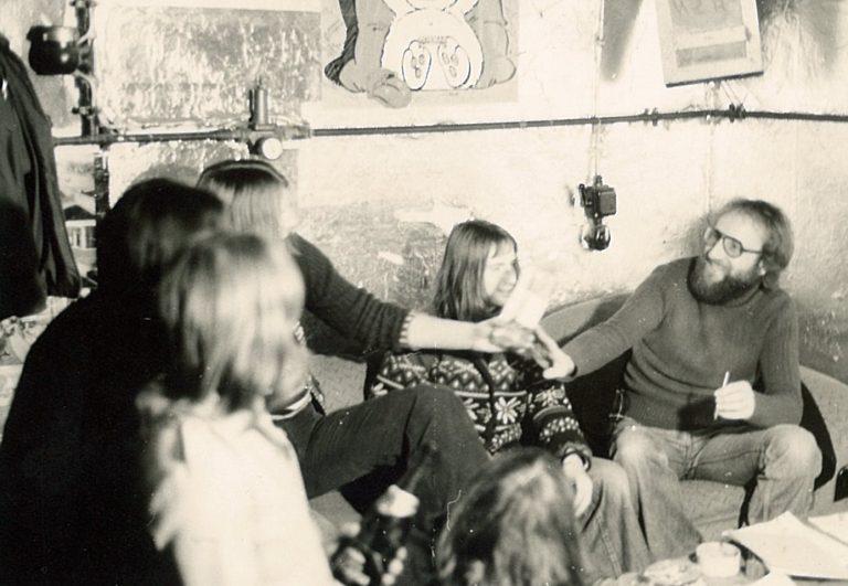 "Theo Kinstle (rechts) hatte maßgeblichen Anteil am Projekt ""Jugendclub"" Backhaus"